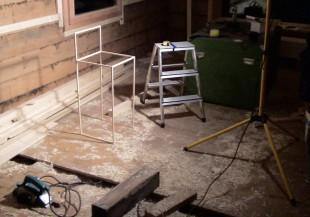 Proportionen-Studie des Stuhls, auf der Baustelle des neuen Esszimmers ...